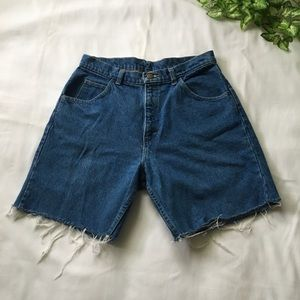 Vintage Denim Cut Off Shorts ✂️